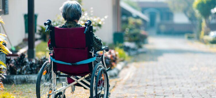Keeping Alzheimers Patients on Top of Their Meds